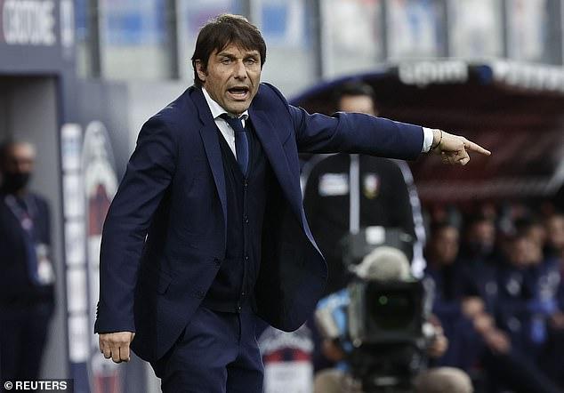 Juventus thành cựu vương sau 9 năm thống trị Serie A